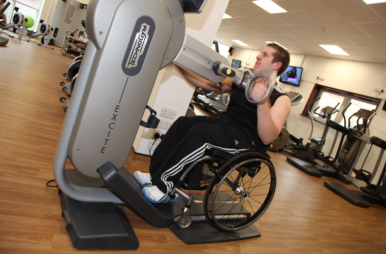 Wheelchair user in the gym