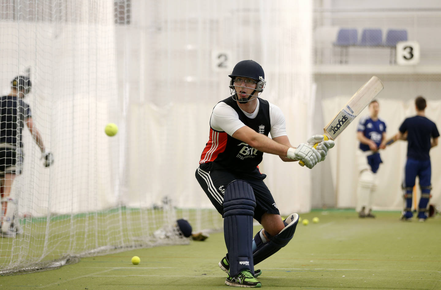 Disabled player in cricket training