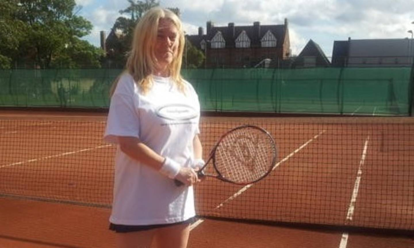 Fiona Musgrove playing tennis