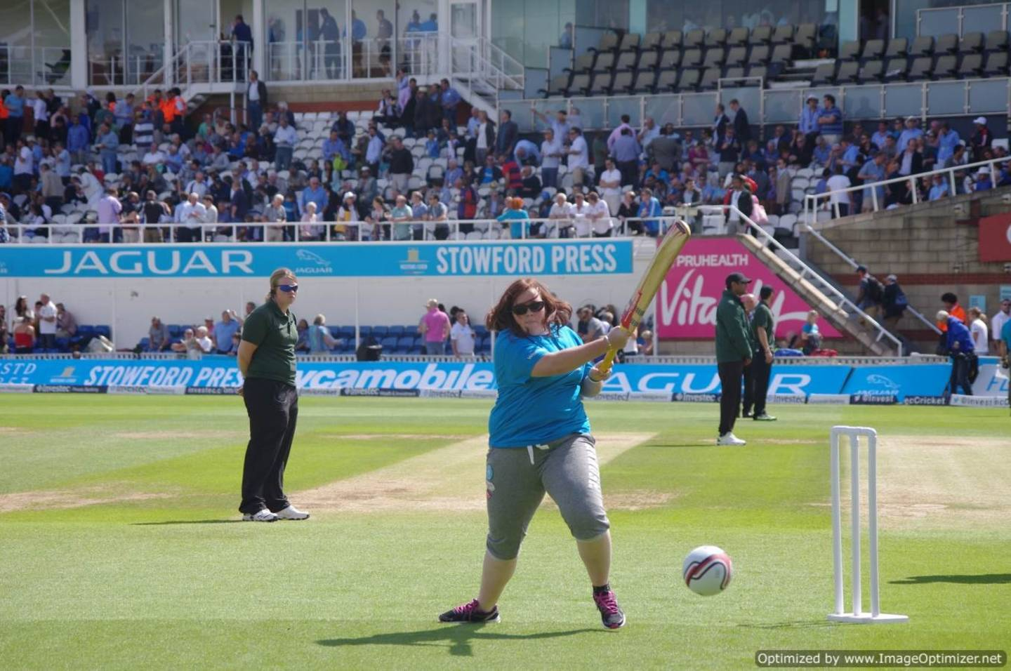 Lois batting during a game of visually-impaired cricket