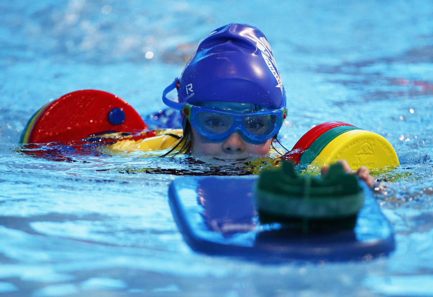 Young girl with hearing impairment swimming in Panathlon National Deaf Finals