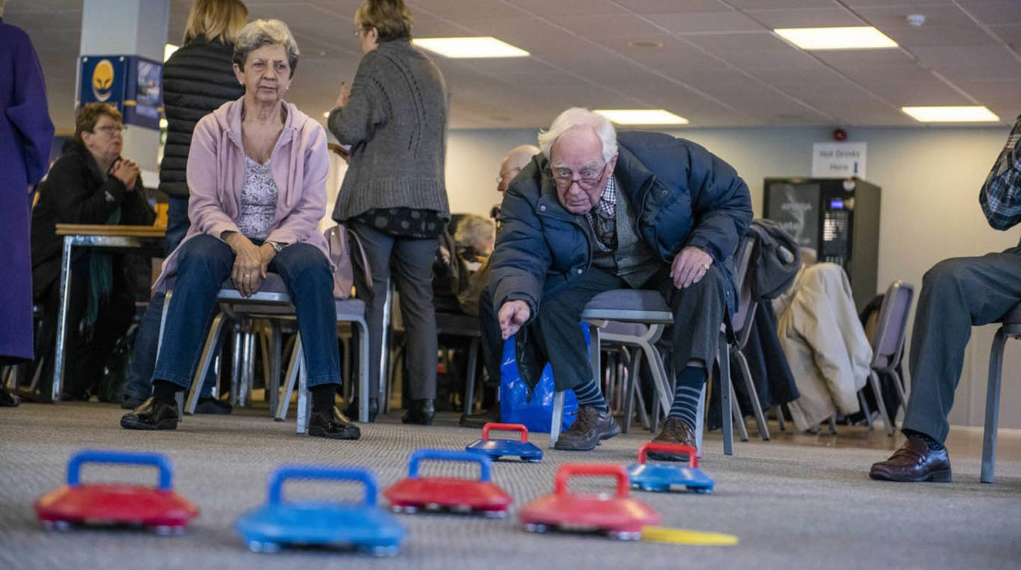 People with Dementia playing adapted sports