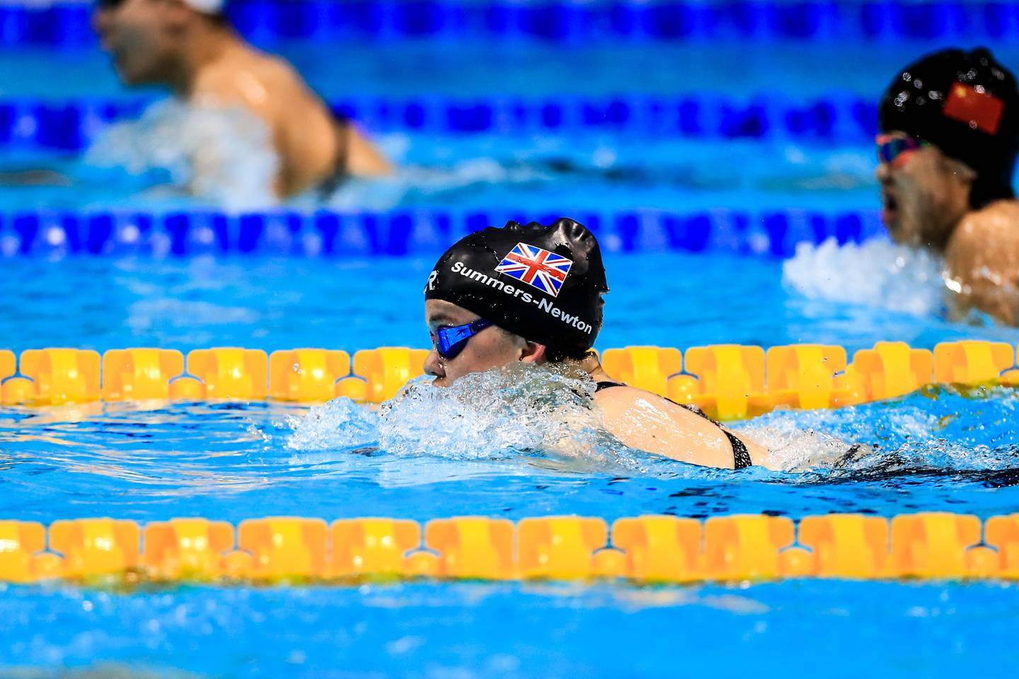 Maisie Summers-Newton swimming in a race at World Para Swimming Championships